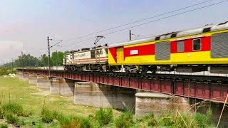 Nonton Rare Catch || WAP-5 with Lucknow Double Decker || Burning Metal at 110 Km/hr !!! Film Subtitle Indonesia Streaming Movie Download