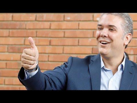 Iván Duque wird neuer Präsident Kolumbiens