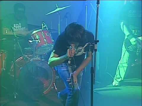 2 Minutos video El Bondi - Escenario Alternativo 2006