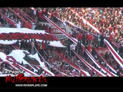 """""""Esta es la banda loca del millonario, yo lo sigo a River..."""" - Los Borrachos del Tablón - River Plate"""