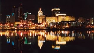 East Peoria (IL) United States  City pictures : Peoria, Illinois - Unravel Travel TV