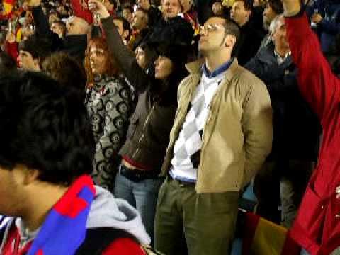 Himno de España en el Madrigal