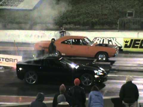 C6 Corvette vs. Road Runner