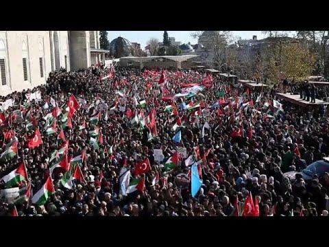 Οργή και ξεσηκωμός σε όλο τον αραβικό κόσμο κατά του Τραμπ
