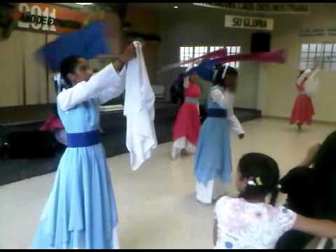 Danza Recibe Toda La Gloria