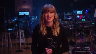 Video Swift and Sheeran big winners at iHeartRadio Music Awards MP3, 3GP, MP4, WEBM, AVI, FLV Maret 2018