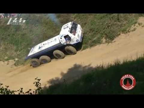 VC - Pokračujeme zajímavým II. sestřihem z víkendu plného adrenalinových jízd na Velké ceně Mohelnice v Truck Trialu 2011.