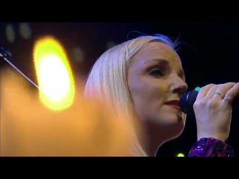 Brian May & Kerry Ellis - Love of my life [live 2013]