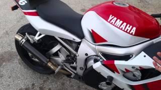 1. 2000 Yamaha YZF R6