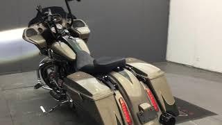 3. m1042 2013 Harley-Davidson FLTRXSE2 CVO Road Glide Custom