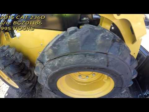 CATERPILLAR SKID STEER LOADERS 236D equipment video tXPtnass8tU