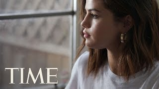 Video Selena Gomez Is The First Person To Reach 100 Million Followers On Instagram | TIME MP3, 3GP, MP4, WEBM, AVI, FLV Mei 2018