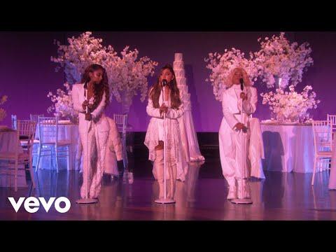 Ariana Grande - thank u, next (Live on Ellen / 2018)