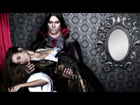Backstage servizio fotografico travestimento da Vampiro donna – Halloween