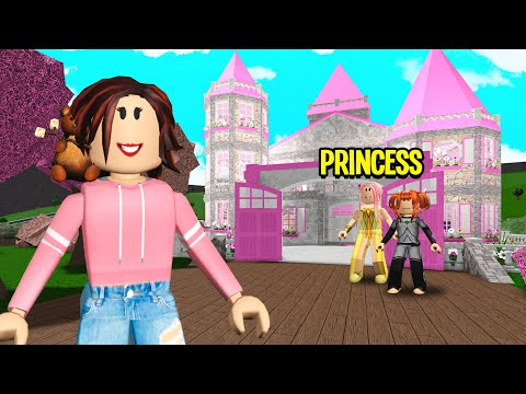 Princess Was Hiring MAIDS.. I Worked There & Exposed Her SECRET! (Roblox Bloxburg)