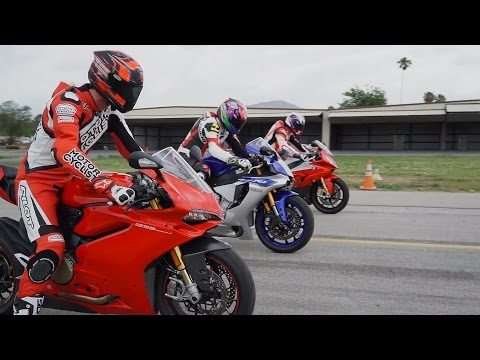 superbike drag race: bmw s1000rr vs ducati panigale s 1299 vs yamaha r1!