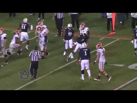 Cassanova McKinzy tackles Todd Gurley 2013 video.