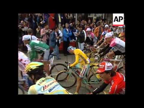 Marco Pantani il campione vittima della Camorra