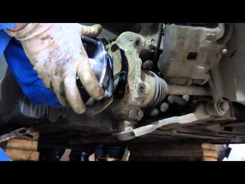 Замена переднего подшипника ступицы ниссан тиида снимок