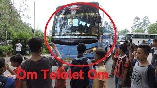 "Video Pemburu Om Telolet Om !!!🚌🙌 Mengguncang Yogyakarta "" Bis Mania"" Buss Lovers""😱😱😨 MP3, 3GP, MP4, WEBM, AVI, FLV Maret 2018"