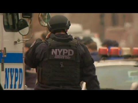 Etats-Unis : deux policiers tués par balles dans leur voiture à Brooklyn par un homme qui voulait venger les noirs