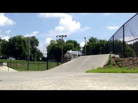 Greeneville, TN skatepark. A couple of tricks.