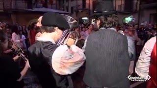 Sarnico Italy  city images : Sarnico busker festival 2011 on Italian news.(Funny Tombow One Man Band)