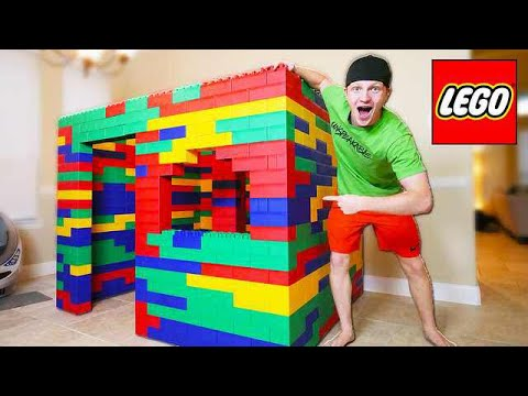 BUILDING WORLDS BIGGEST LEGO HOUSE! (LIFE SIZE)