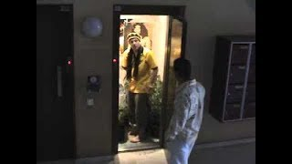 Their first time in london, Jamaican dancers Shady Squad encounter an elevator quite different from anything they could imagine.Follow Shady Squad: https://instagram.com/shadysquad/https://www.facebook.com/shadysquadof...http://vk.com/shadysquadhttps://twitter.com/Shadysquad