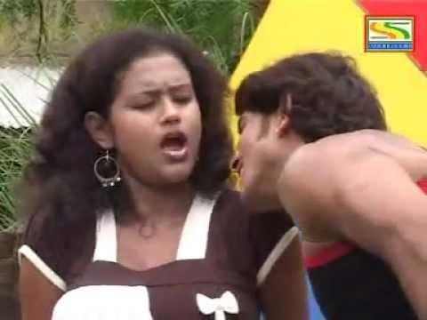 Video Paka2 Gol Bel /Bangla Sexy  Hot Song download in MP3, 3GP, MP4, WEBM, AVI, FLV February 2017