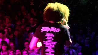 LMFAO- Rock The Beat (Official Concert Video)