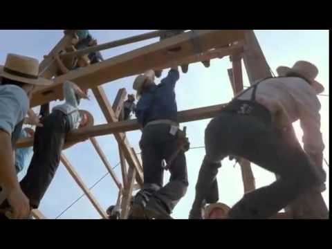 La costruzione del fienile