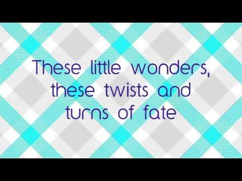 Tekst piosenki Savannah Outen - Little Wonders po polsku