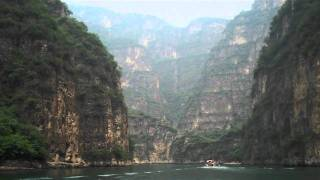 Boating at LongQing Gorge 龙庆峡