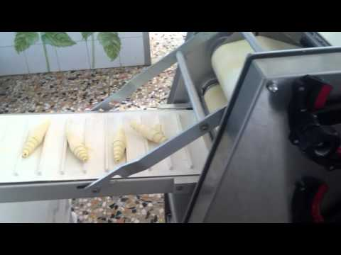 macchina per croissant