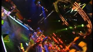 видеоклип Григорий Лепс - Падают листья (live) онлайн