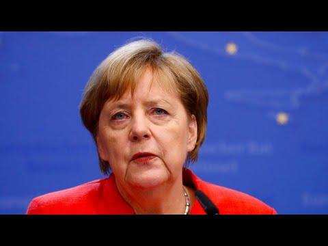 Angela Merkel (CDU) sieht nach dem EU-Gipfel die Forder ...