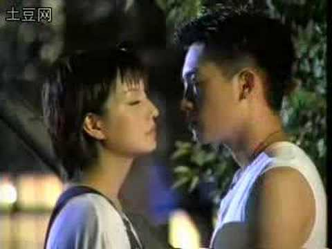 """Zhao Wei's 1999 TV Drama:""""Old House Has a Joy"""" Opening Theme"""