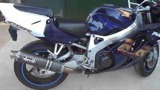 4. Honda CBR 900 RR Fireblade 1999