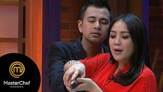 Video Yuk denger komentar juri spesial kali ini [Master chef Indonesia Session] [23 Agustus 2015] MP3, 3GP, MP4, WEBM, AVI, FLV Mei 2019