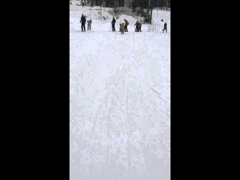 Ski with Edgie-Wedgie (видео)