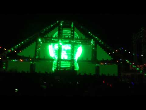 Andy C @ EDC 2014 Intro