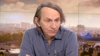 Fransız yazar Houellebecq'in tartışmalı kitabı 'Soumission' raflarda