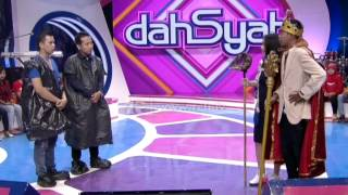 Download Video Host Of The Day Dede Bebas Nyuruh Denny Cagur dan Raffi Ahmad   dahSyat 23 April 2015 MP3 3GP MP4