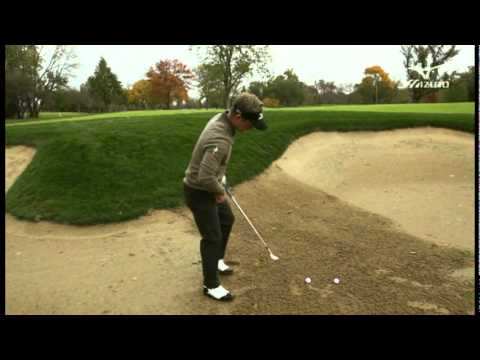 Luke Donald Bunker Play Tips w/ Mizuno Wedges