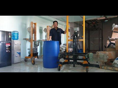 hướng dẫn sử dụng xe nâng quay đổ thùng phuy nhựa DA 450-1