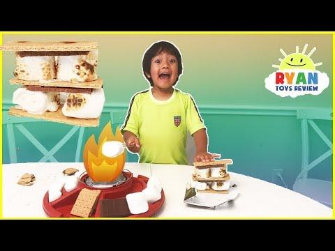 S'mores Maker DIY with Marshmallows Hershey's Chocolates! Ryan ToysReview Family Fun Taste Test (видео)