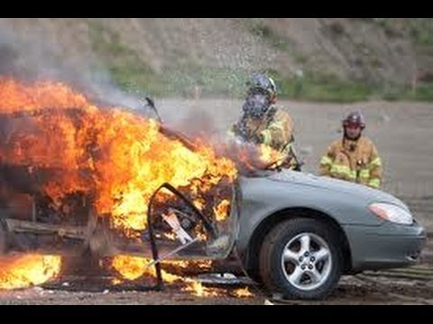 DE - Video del CHOQUE de PAUL WALKER - MUERTO Imprecionante PAUL WALKER DEATH - Card Accident VIDEO - OMG Shocking! Moment of Accident El video del choque de Paul...