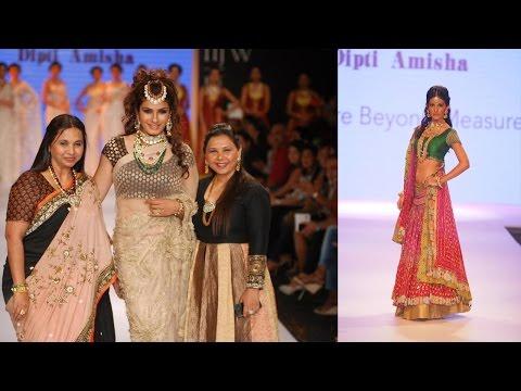 Raveena Tandon & Amyra Dastur On Ramp At India International Jewellery Week (IIJW) 2014