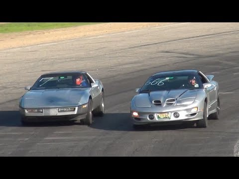 Firebird Trans Am vs. Chevy Corvette